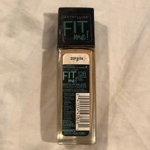 💚Maybelline Fit Me Foundation💚